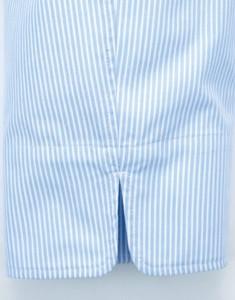 袖口のスリット