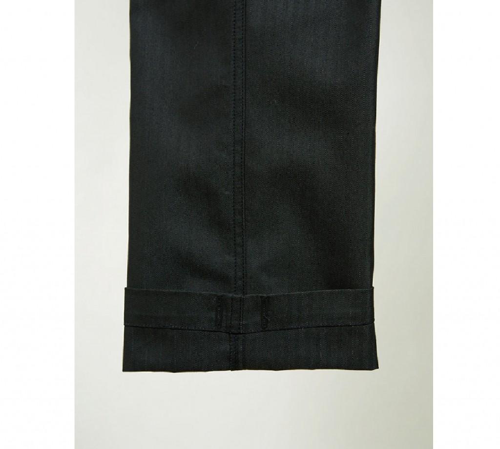 裾(絞り紐通し穴付き)