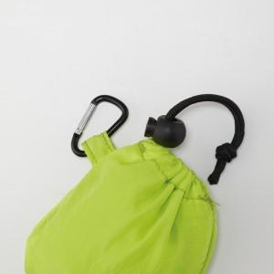 内袋(巾着タイプ)紐留め付き。カラナビ付き。