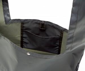 内ポケット。