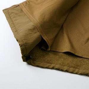メッシュ素材のライナー付き、プリント加工に便利な裾ふらし仕様